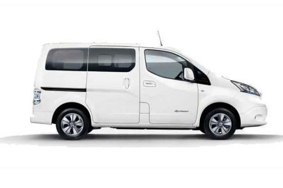 Nissan - Evalia or similar